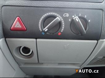 Prodám Volkswagen Transporter 2,0 TDI T5 6míst Climatic+HF