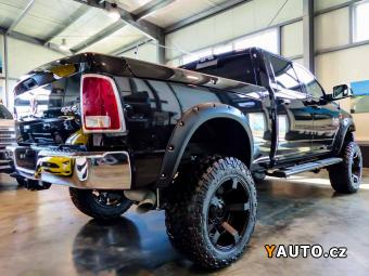 Prodám Dodge RAM 6,7 Cummins Diesel 6' Lift kit