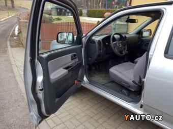 Prodám Isuzu D-Max 2,5 TD 4WD DC Basic