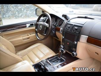 Prodám Volkswagen Touareg 5,0 TDI V10,4x4, kůže, navi