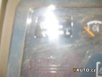 Prodám Komatsu D41E
