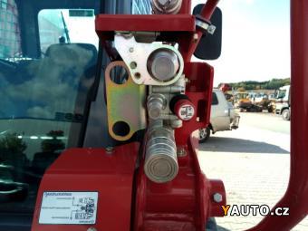 Prodám Takeuchi TL12V-2 (6 t)