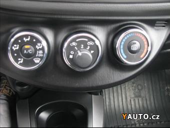 Prodám Toyota Yaris 1,0 VVT-i