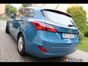 Prodám Hyundai i30 1,6 i 1majČR s. kn, odp. DPH