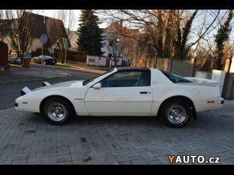 Prodám Pontiac Firebird 5,0 V8 Formula TOP