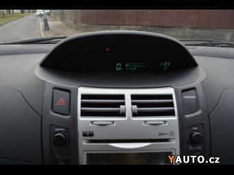 Prodám Toyota Yaris 1.0 VVT-i