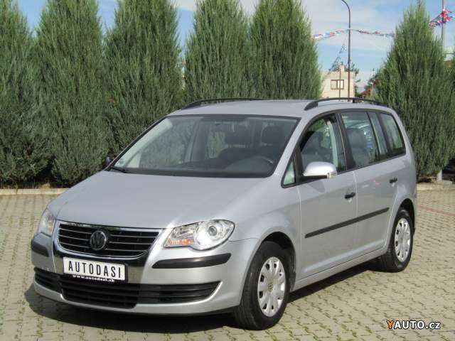 prod m volkswagen touran 1 6 family prodej ostatn. Black Bedroom Furniture Sets. Home Design Ideas