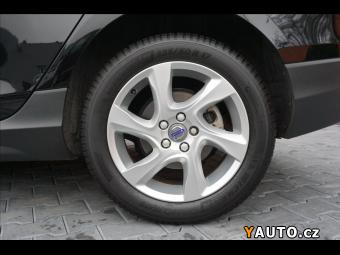 Prodám Volvo V40 2,0 D3 110 KW CROSS COUNTRY, XE