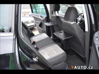 Prodám Volkswagen Tiguan 2,0 TDi 4MOTION SPORT &amp, ST