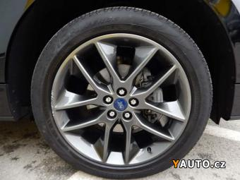 Prodám Ford Edge ST-Line 4x4 POWERSHIFT Bi-Turb