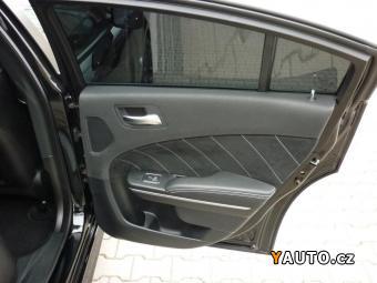 Prodám Dodge Charger SRT8 HEMI,  Model 2012