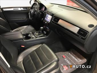 Prodám Volkswagen Touareg 3.0 R-LINE VZDUCH FULL
