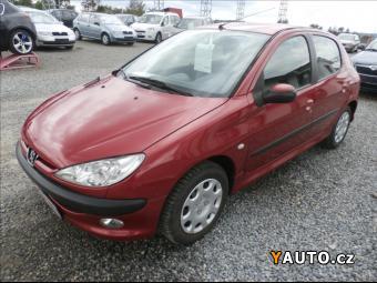 Prodám Peugeot 206 1,1 i, serviska, CZ