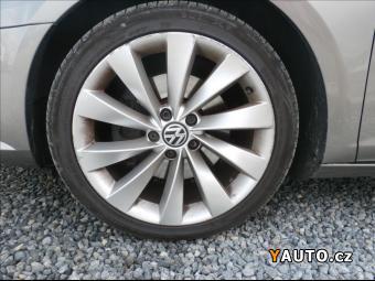 Prodám Volkswagen CC 2,0 TDi, DSG, 125kW, klima, servis