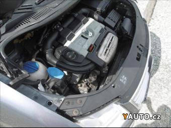 Prodám Volkswagen Touran 1,4 TSi, digiklima, DSG, serviska