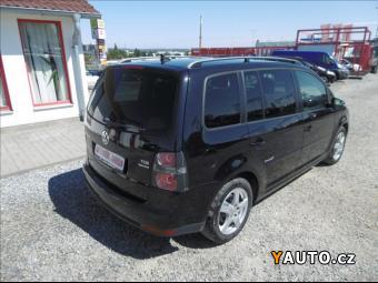 Prodám Volkswagen Touran 1,9 TDi, Freestyle, NAVI, servis