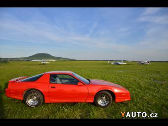 Prodám Pontiac Firebird 3.1 l, V6, benzín, MF