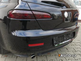 Prodám Alfa Romeo 159 Sport +Cervena kuže