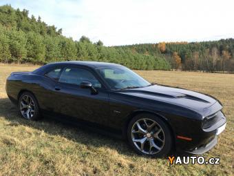 Prodám Dodge Challenger 5.7 V8 R, T, F1 řazení