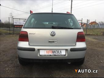 Prodám Volkswagen Golf 1,4 i SERVISKA, DIG. KLIMA