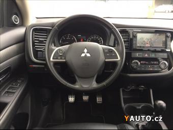 Prodám Mitsubishi Outlander 2,3 Di-D CR Instyle Navi