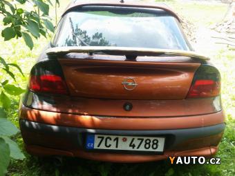 Prodám Opel Tigra 1.4 16V S93 Klimatizace