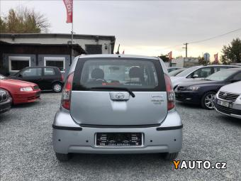 Prodám Daihatsu Sirion 1.0i klima