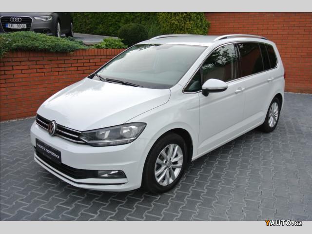 Prodám Volkswagen Touran 1,6 TDI BMT HIGHLINE, ACC, ALC