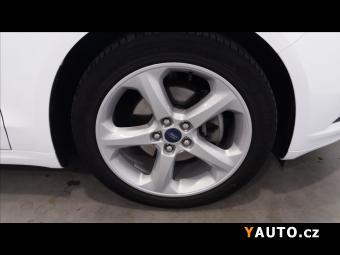 Prodám Ford Mondeo 2,0 Hybrid Titanium