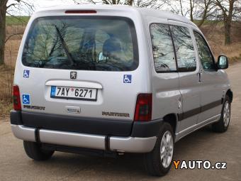 Prodám Peugeot Partner PRO PŘEVOZ VOZÍČKÁŘE