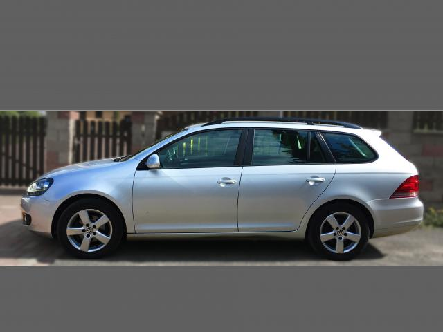 Prodám Volkswagen Golf 1, 6 TDI, řada VI, bluemotio