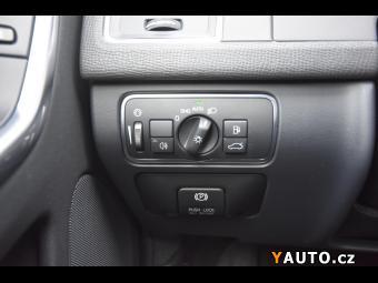 Prodám Volvo XC60 2.4 D5 4x4 R-Design ZÁRUKA 2 R