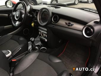 Prodám Mini Clubman 1.6 S Top Stav FULL