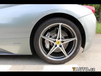 Prodám Ferrari 458 Carbon paket