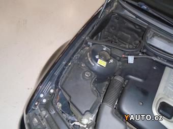 Prodám BMW Řada 3 318d 2x kola, Bez koroze