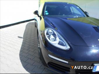 Prodám Porsche Panamera 3,0 D - ZADÁNO