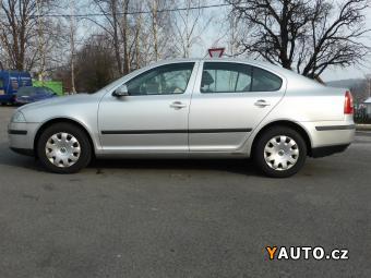 Prodám Škoda Octavia 1.6i 75kW KLIMA TAŽNÉ VYHŘ. SED