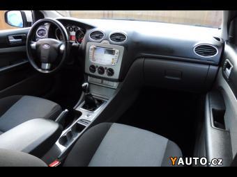 Prodám Ford Focus 1.6i 74kW Klima Tažné Navi DVD