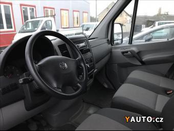 Prodám Volkswagen Crafter 2,0 TDi klima - jistý nájezd