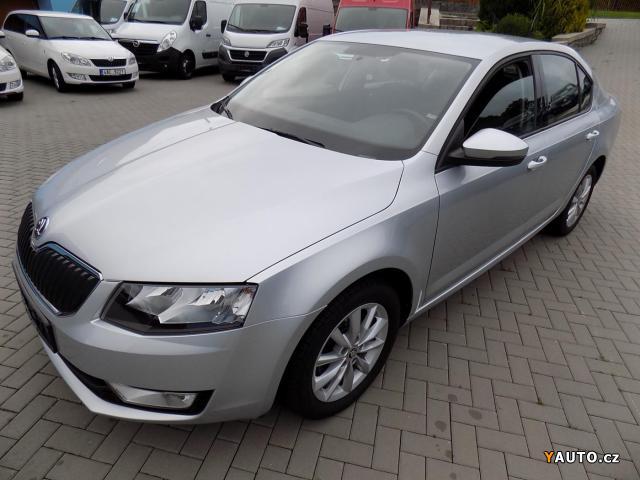 Prodám Škoda Octavia III 1.6TDI 77kW, VÝHŘEV SED.
