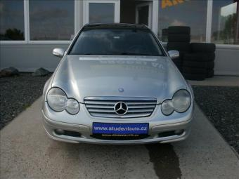 Prodám Mercedes-Benz Třídy C 2,2 CDI NOVÉ TURBO