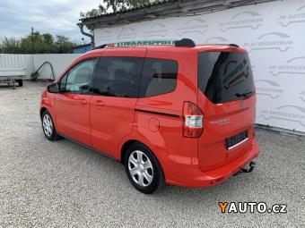 Prodám Ford Tourneo Courier 1.0i EcoBoost