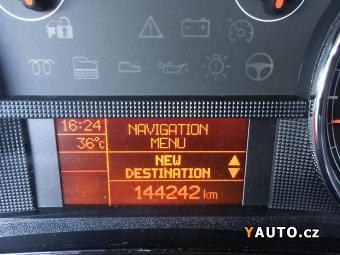 Prodám Fiat Croma 1.9 JTD NAVI, Serv. knih., 1MAJ