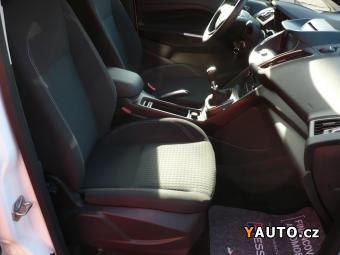 Prodám Ford Grand C-MAX 1.0i EB 92kw NAVI 7míst