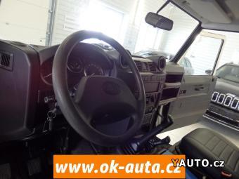 Prodám Land Rover Defender 2.4 TD KLIMA ZÁRUKA KM-DPH