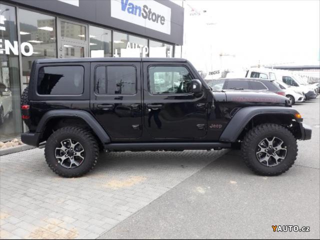 prod m jeep wrangler 2 0 unlimited rubicon benz n prodej. Black Bedroom Furniture Sets. Home Design Ideas