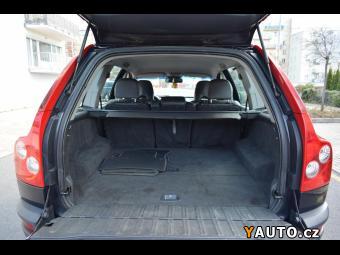 Prodám Volvo XC90 D5 120KW 4X4 Kůže Tažné Park.