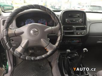 Prodám Nissan Navara 2,5 TD 4x4 5 míst