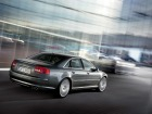 Audi S8 (2005)
